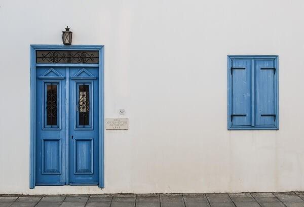 Врата в скандинавски стил